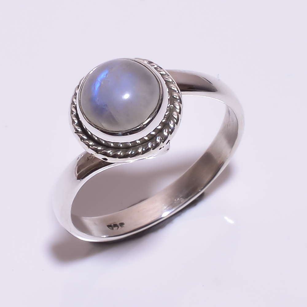 925 STERLING SILVER MOONSTONE BEAUTIFUL RING