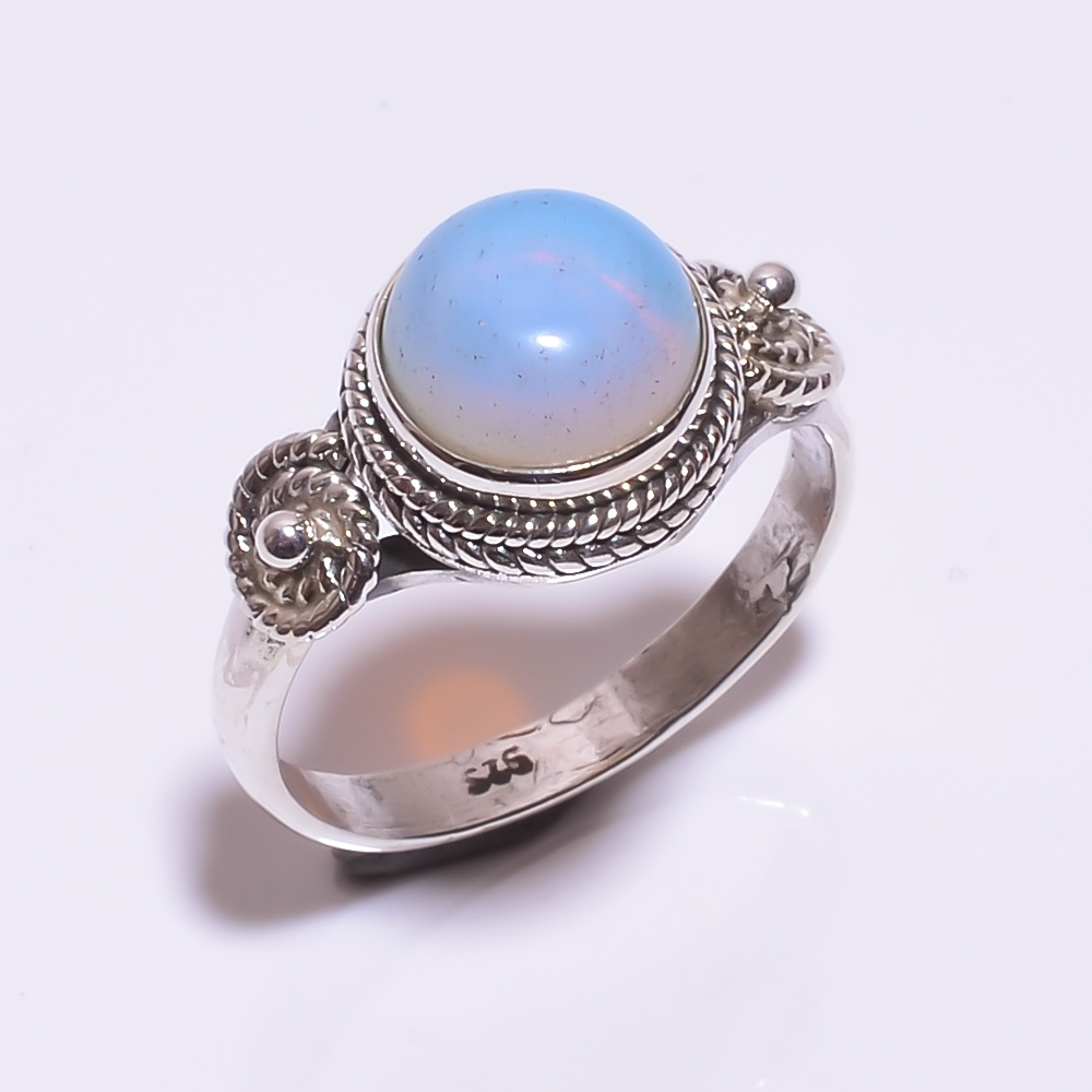 925 STERLING SILVER OPAL BEAUTIFUL RING